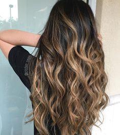 Hairstylist | Colorist | Fave4 style expert Serene salon | South FL Beautybycristen@gmail.com #beautybycristen ✂️🎨💜