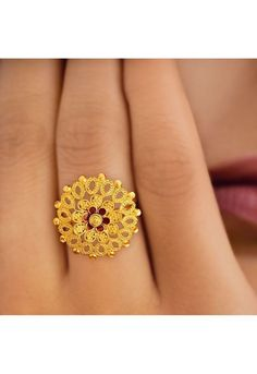 Tanishq Yellow Gold Finger Ring with Floral Design Gold Rings Jewelry, Wedding Jewelry, Antique Jewelry, Gold Ring Designs, Gold Jewellery Design, Jewellery Box, Tanishq Jewellery, Gold Finger Rings, India Jewelry