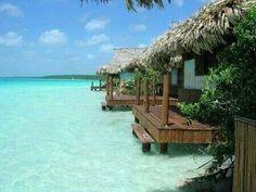 Bacalar , la laguna de los 7 azules, Quintana Roo . Akalki Resort
