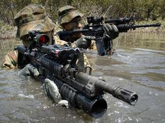 Me gusta, 5 comentarios - Special Units Army Pics, Military Pictures, Australian Special Forces, Army Gears, Tactical Operator, Green Beret, Special Ops, Military Police, Navy Seals