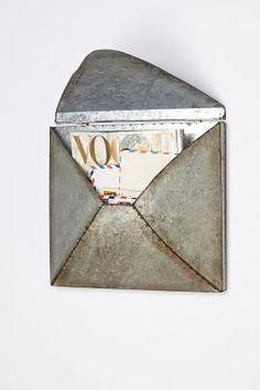 welded metal letter holder / anthropologie