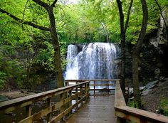 Beautiful Hayden Falls & Boardwalk near Dublin, Ohio