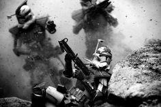 Star Wars : il crée des scènes de guerre bluffantes avec des mini-Clone Troopers - Photos Matthew Callahan