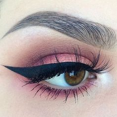 warm shadow + winged liner