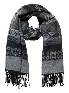 Winter-warm scarf from VERO MODA