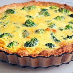Recept broccolipaj med västerbottenost
