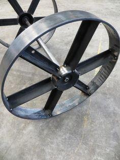 A borrowed ring roller. All tack welded. Metal Bending Tools, Metal Working Tools, Metal Projects, Welding Projects, Custom Bbq Smokers, Ring Roller, Welding Cart, Grill Design, Steel Wheels