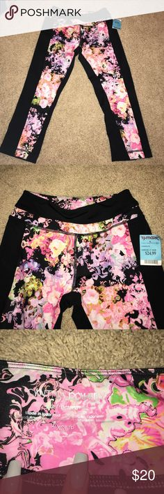 NWT workout capris Super cute capris. Brand new still has tag on them. Part of the Cynthia Rowley activewear collection Cynthia Rowley Pants Skinny
