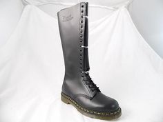 DR MARTENS 9663 20 EYE SMOOTH BLACK LEATHER KNEE HIGH PUNK COMBAT BOOTS UK 3 NOS