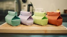 Norwegian company Unikia is looking to update the plain old lunch bag with its Compleat FoodBag, a reusable lunch box that keeps food fresh and protected in transit and rolls up compactly when the meal is over.