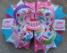 Cumpleaños de pelo arco Boutique apilado apilados de pelo arco cumpleaños arco pelo arco cumpleaños Boutique arco Boutique Bow arco del pelo de las niñas