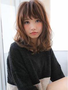 (gallaria)大人可愛いミディアム Medium Hair Styles, Short Hair Styles, Medium Curls, Japanese Hairstyle, Short Bob Hairstyles, Layered Hair, Short Hair Cuts, Hair Goals, New Hair