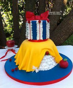 Ruffled Snow White Cake - Cake by Craftsy Member