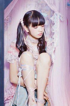 girl and 小松菜奈 image Japanese Models, Japanese Fashion, Fan Fiction, Asian Woman, Asian Girl, Komatsu Nana, Kiko Mizuhara, Pigtail Hairstyles, Ms Gs