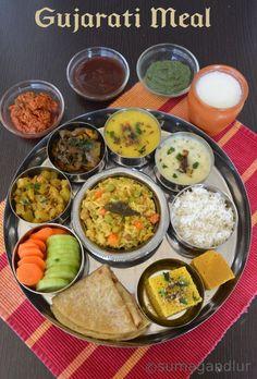 Veggie Platter: A Simple Gujarati Thaali Gujarati Cuisine, Gujarati Recipes, Indian Food Recipes, Gujarati Food, Indian Snacks, Vegetarian Lunch, Vegetarian Recipes, Cooking Recipes, Rice Recipes