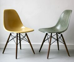 Plastic Side Chair by Charles & Ray Eames. #eames #chair #designchair