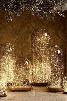 11 Winter Wonderland Wedding Ideas That Are Pure Magic purewow winter planning wedding trends 691232242788881838 Space Wedding, Dream Wedding, Magical Wedding, Perfect Wedding, Wedding Beauty, Winter Wonderland Wedding Theme, Wonderland Party, Winter Themed Wedding, Winter Wonderland Centerpieces