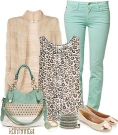 turquoise and leopard print top. Duyn here's an outfit for you and your mint skinnies :) Fashion Mode, Look Fashion, Womens Fashion, Fashion Trends, Ladies Fashion, Fashion 2017, Feminine Fashion, Fashion Stores, Fashion Ideas