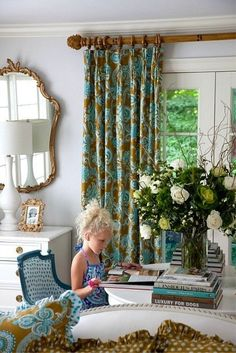 Living Room – Brown and Blue Prints on Curtains