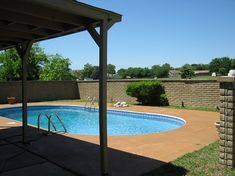 FSBO Fort Worth TX Home For Sale by Owner Listing. Sell your Home, Condo, Mobilehome, Lakefront, Commercial property. Stainless Appliances, Types Of Flooring, Wood Laminate, Commercial Real Estate, Home Photo, Quartz Countertops, Pool Houses, Private Pool, Counter Tops