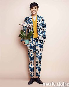 Kang Ha Neul - Marie Claire Magazine February Issue '14 ~ oh that awful awful suit. how does he make it work so well? x'D