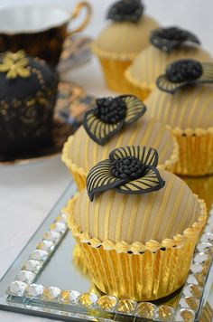 Black & Gold 40th Birthday Cupcakes by Hilary Rose Cupcakes