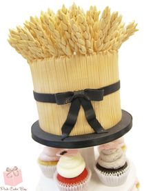 Wheat Stalk Cake Topper | http://blog.pinkcakebox.com/wheat-stalk-cake-topper-2014-10-12.htm