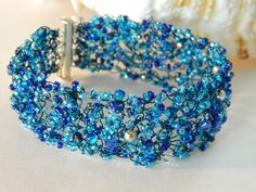 Ohhh uniquenique... how your beautiful bracelets have captured my heart...