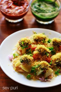 Sev Puri Recipe with step by step photos and video. Sev Puri is a spicy, sweet, tangy chaat snack from mumbai and one of my favorite chaat recipe. Puri Recipes, Indian Food Recipes, Vegetarian Recipes, Cooking Recipes, Veg Recipes, Vegan Meals, Vegan Vegetarian, Cooking Tips, Recipies