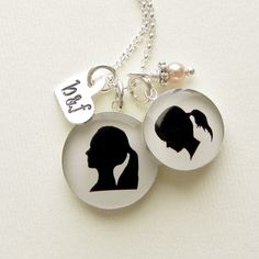 Mother's silhouette necklace