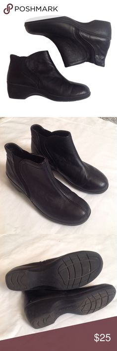 EUC SKECHERS BOOTIES Excellent used condition Skechers slip on black genuine leather booties. Wear all day comfort!  Worn once. Size 6 Skechers Shoes Ankle Boots & Booties