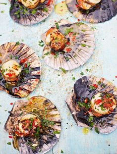 15 Totally Brilliant Seafood BBQ recipes from Jamie Oliver - Pictured: DJ BBQ's scallops Jamie Oliver, Grilled Scallops, Grilling Recipes, Seafood Recipes, Cooking Recipes, Seafood Bbq, Bbq Fish Recipes, Seafood Tower, Gastronomia