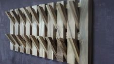 Diy Furniture Small Spaces Extra Storage - New ideas Diy Furniture Building, Wood Furniture, Woodworking Projects Diy, Diy Wood Projects, Art Projects, Wooden Wall Design, Wall Mounted Coat Rack, Wall Coat Rack, Hallway Coat Rack
