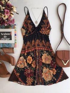 Summer Fashion Tips .Summer Fashion Tips Look Fashion, Fashion Outfits, Womens Fashion, Hippie Fashion, 70s Fashion, Fashion Tips, Petite Fashion, Modest Fashion, Fashion Pants