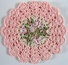 Silky Pink Dishcloth. By the way, get all the free cloth patterns from this site now! After Jan. 1st they'll be taken off the site and sold in a book!