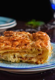 Εύκολη κοτόπιτα με φύλλο σφολιάτας - Just life Apple Pie, Lasagna, Ethnic Recipes, Desserts, Food, Tailgate Desserts, Deserts, Essen, Postres
