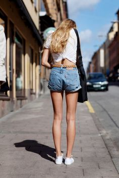 cute shorts and like the back knot in the shirt