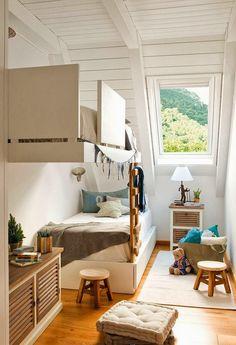 Mooie en praktische oplossing voor een kleine slaapkamer