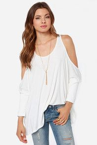 Blouses & Casual Tops for Women in Juniors Sizes at LuLus.com - Page 1