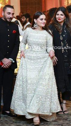 Asian Wedding Dress Pakistani, Pakistani Formal Dresses, Pakistani Dress Design, Indian Dresses, Wedding Dresses For Girls, Indian Wedding Outfits, Party Wear Dresses, Bridal Outfits, Indian Outfits