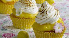 Cupcakes mit Zitronentopping und Baiserhäubchen: Rezept - Sweet & Easy - Enie backt - sixx