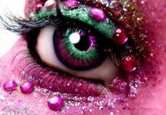 Crazy Eye Makeups