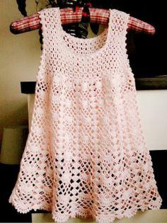 Ivelise Feito à Mão: Vestidinho Em Crochê Para As Pequenas!