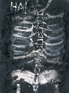 Antoni Tàpies at Museum für Gegenwartskunst Siegen (Contemporary Art Daily) Abstract Art For Kids, Abstract Photos, Collages, Basquiat, Art Informel, Contemporary Art Daily, Modern Art, Spanish Art, Spanish Painters