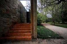 O edifício desenhado pelo arquitecto Eduardo Souto de Moura vai acolher uma biblioteca de artes e um dos auditórios será cedido ao Cineclube do Porto para exibição de filmes
