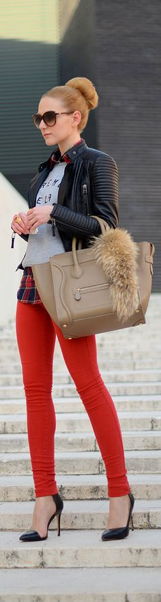 Chic In The City | ~LadyLuxury~ LOVE the fur hanging off of the bag! It's a nice touch.