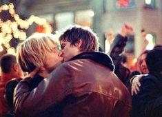 #kiss #love