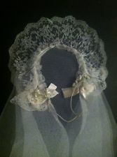 Vintage First Communion Veil and Lace Wreath Headpiece With Flowers and Bows