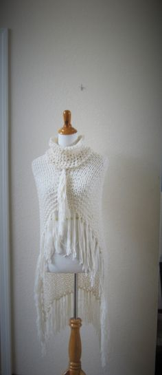BOHO CHIC PONCHO Color Pearl Poncho Capelet Womens by marianavail