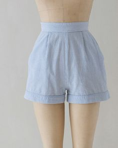 1950s high waist shorts / 50s shorts / seersucker shorts medium on Etsy, $58.00